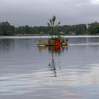 Smithsons båt, Johan Frid. En performance gjord med utgångspunkt från en teckning av Robert Smithsons.